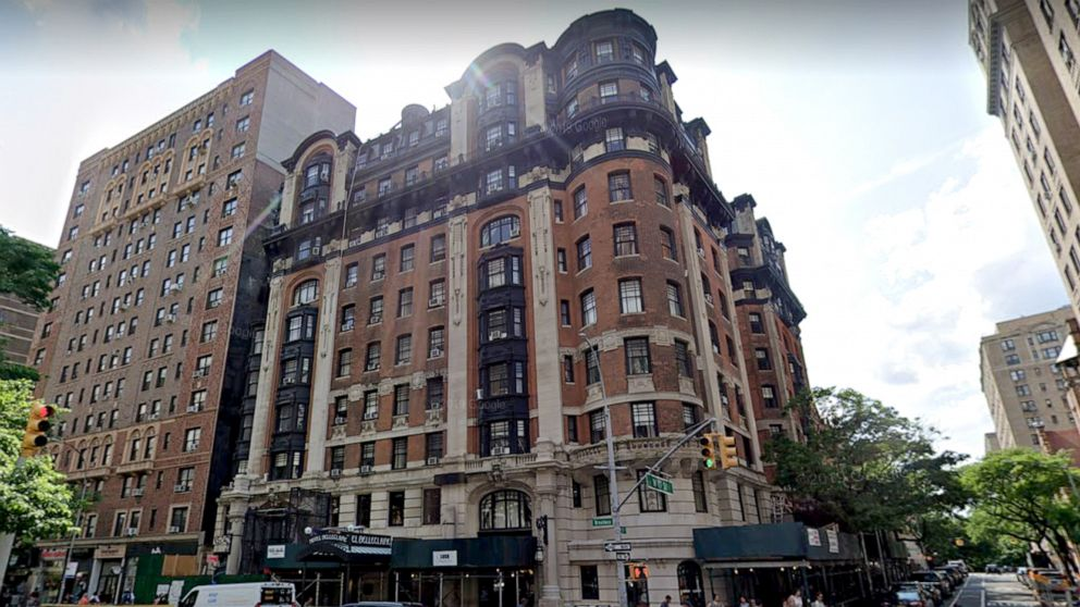 Elderly residents at NYC hotel concerned for their health after homeless move in